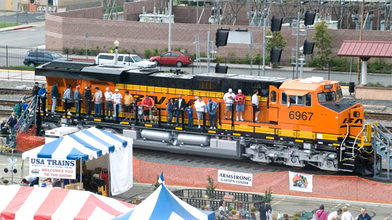 BNSF offers tours of a modern Dash 9 Series Diesel Locomotive