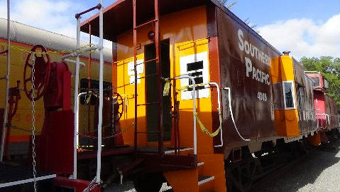1961 Southern Pacific Bay Window Steel Caboose